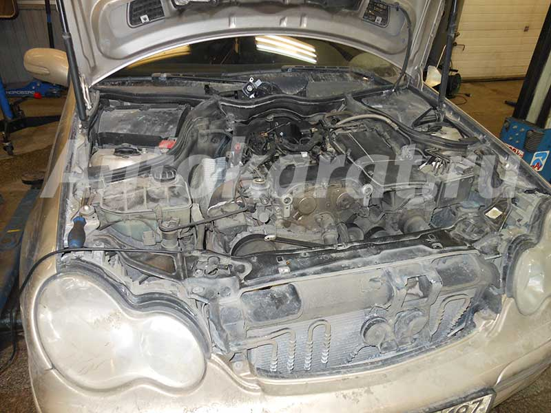 Мерседес с двигателем M271