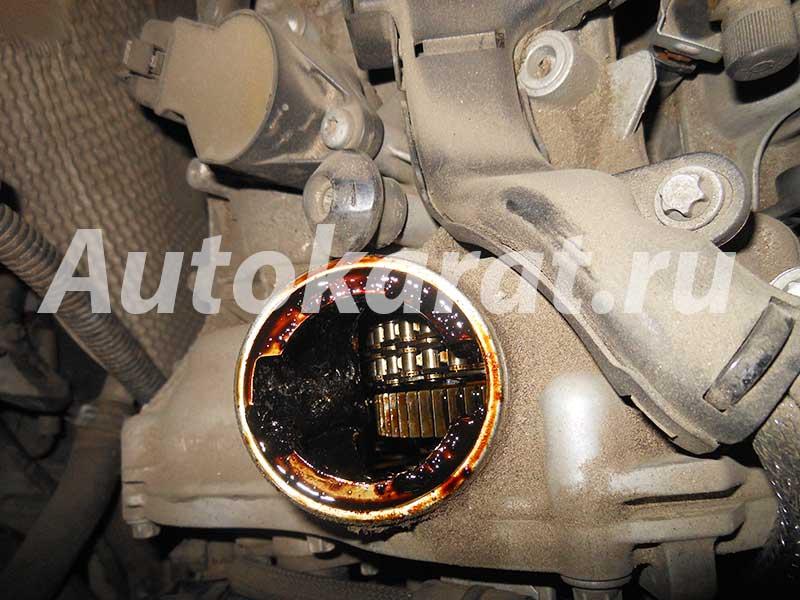 замена масла в двигателе на мерседес c180 w203